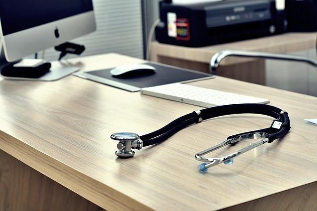 stethoscope 5224534 640